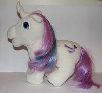 recherche principale de Mapeline : des poneys et leurs accessoires  200px-Plush-glory-openmouth