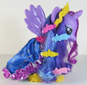 FS Princess Luna Accessories.jpg