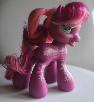 G3 5 Cheerilee My Little Wiki 2 canon lahirien 124 3 hearth's warming bg ponies' cutie marks: my little wiki